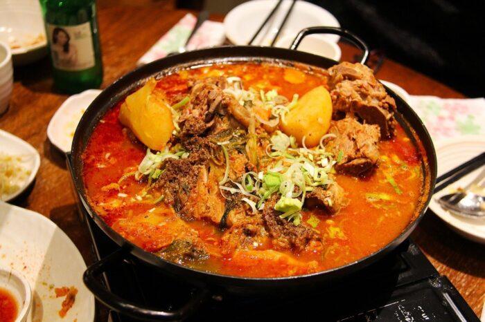 суп харчо борщ жаркое мясо